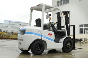 Cheaper 3tons Forklift with Isuzu in Good Condition pictures & photos