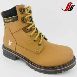 High Quality Men MID-Cut Causal Leather Shoes Leather Boots (MF716) pictures & photos