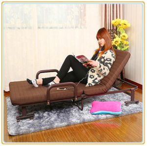 Folding Rollaway Guest Bed with Foam Mattress 190*120cm pictures & photos