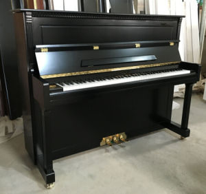 [Chloris] Piano Factory Supplier! High Quality Black Acoustic Baby Upright Piano Hu-121e for School pictures & photos