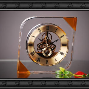 New Design Crystal Glass Clock Craft for Gift pictures & photos