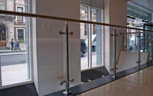 Factory Tempered Glass Balustrade Balcony Stainless Steel Fence Design pictures & photos