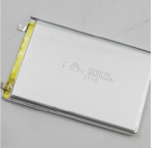 606090 3.7V 4000mAh Battery Customized Cell for Power Bank pictures & photos