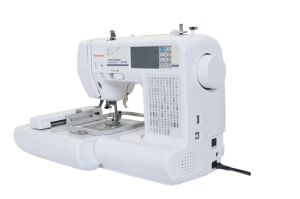 Computer Embroidery and Sewing Machine pictures & photos