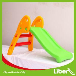 Indoor Home and Garden Plastic Kids Slide pictures & photos