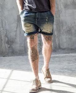 Newest Classic OEM Simple Original Slim Leisure Washed Men′s Short Jeans Pants