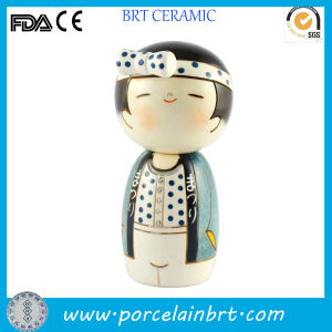 Small Eyes Japanese Boy Ceramic Toy Doll pictures & photos