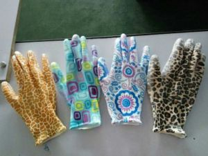 Nitrile Flower Printed PU Coated Ladies Gardening Glove pictures & photos