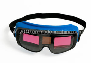 Solar Auto Darkening Eyes Welding Goggles Welding Helmet pictures & photos