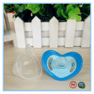 BPA Free Teething Pacifier for Babies Heart Shape pictures & photos