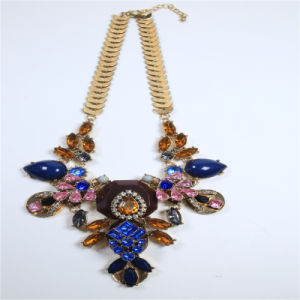 New Design Resin Fashion Jewellery Set Earring Bracelet Necklace pictures & photos