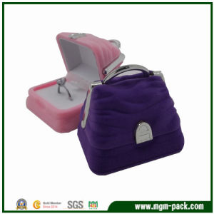 Lovely Bag Shape Plastic Jewelry Ring Box pictures & photos