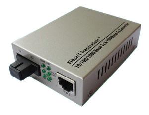 10/100/1000m Gigabit Fiber Optical Media Converter pictures & photos
