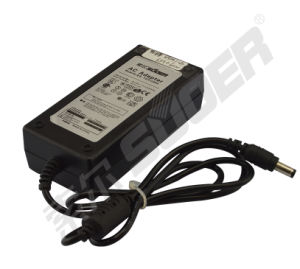 Suoer 12V 3A Power Adapter (SP-1203A) pictures & photos