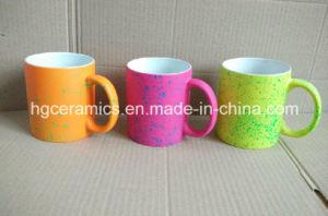 11oz Fluorescent Mug with Spray DOT pictures & photos