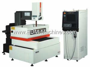Laser Measurement, Error Compenstation Wire EDM Machine pictures & photos