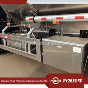 Sinottruk HOWO T5g 6X4 Aluminum Fuel Tanker Truck pictures & photos