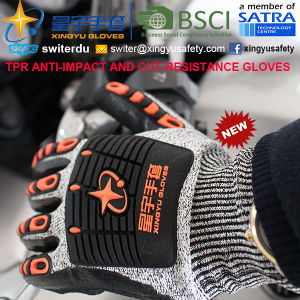 Cut-Resistance and Anti-Impact TPR Gloves, 13G Hppe Shell Cut-Level 5, Nitrile Foam Palm Coated, Anti-Impact TPR on Back Mechanic Gloves pictures & photos
