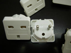 Precision Plastic Electronic Plug/ Socket Mould (YIXUN) pictures & photos