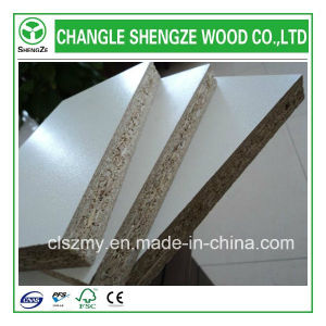 4′x8′ Plain and Melamine Chipboard of High Quality pictures & photos