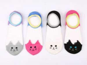Fashion Animal Face Cotton Boat Sock pictures & photos