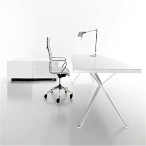 2014 High Quality Luxurious Office Table for Sale pictures & photos