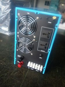 1500W Pure Sine Wave off Grid Inverter pictures & photos