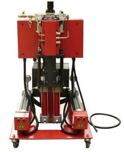 Polyurethane Foaming Machine for Insulation pictures & photos