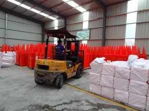 72cm Height PVC Traffic Cone, Plastic Cone pictures & photos