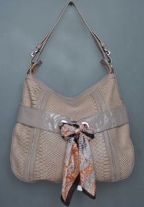 Lady Leather Handbag (20972A)