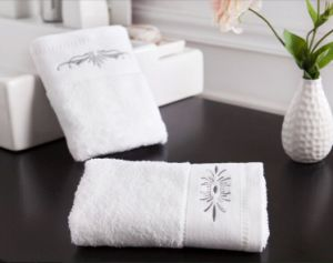 100%Cotton Luxury Hotel Towel pictures & photos