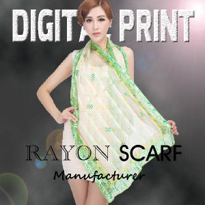 2017 100% Fancy Printed Rayon Scarves & Scarf pictures & photos