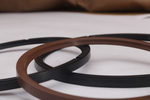 Cfw-Simmerring R35 R37 Rotary Shaft Oil Seals From China Factory pictures & photos