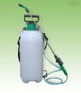Gardon Tools Pressure Sprayer (XFB(III)-7L) pictures & photos