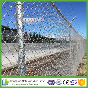 China Supplier 6 Feet Chain Link Fence pictures & photos