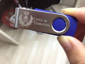 Christmas Promotioanl USB Flash Drive 4GB 8GB 16GB 32GB pictures & photos