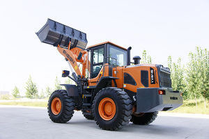 High Quality 4 Ton Wheel Loader with Shangchai (Caterpillar) Engine pictures & photos