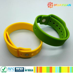 HUAYUAN WS-28 Exchangeable NTAG213 Payment Silicone RFID Bracelet pictures & photos