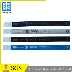 Christmas Tyvek Wristband Paper Wristband with Serial Number for Sale pictures & photos