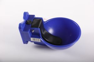Automatic Sheep/Cattle/Goat/Pig Poultry Drinking Water Plastic Bowl Waterer pictures & photos