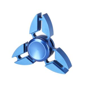 Fashion Hand Finger Toy Crab Tri-Spinner Aluminum Alloy Anti Anxiety Fidget Spinner pictures & photos