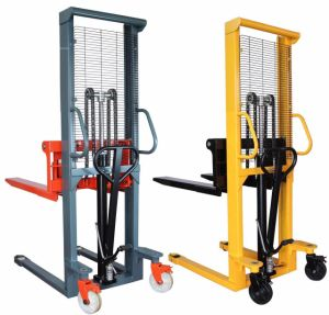 Hydraulic Pallet Lifting Stacker with Foot Pedal pictures & photos