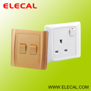 Wall Switch, Wall Socket of I Series pictures & photos