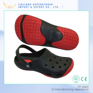 EVA Double Color Men and Women Nurse and Doctor Holey Nursing Chef Kitchen Clogs pictures & photos