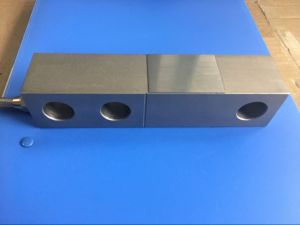 Single Shear Beam Load Cell 0.5t 1t 2t 3t 5t 10t 20t pictures & photos