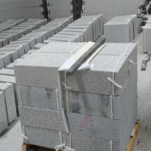 New G603 Grey Granite Flamed Kerbstone/Curbstone/Paving Stone pictures & photos