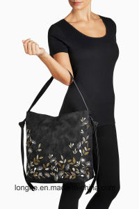 The Most Popular Handbags with Flower Embroidery Artwork in 2017 pictures & photos