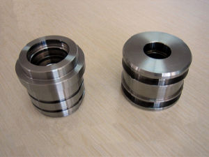 Welding Glands for Hydraulic Cylinder pictures & photos