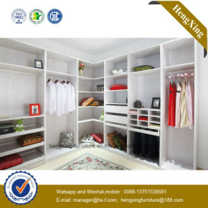 Wooden Melamine Bedroom Wardrobe Closet Cupboard (HX-LC2016) pictures & photos
