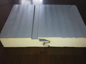 0.6-0.8mm PPGI Steel 50-1000mm Width PU Sandwich Panel Wall and Roof pictures & photos